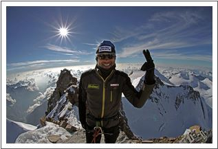 Wolfgang Fasching am Gipfel der Dufourspitze (Schweiz)